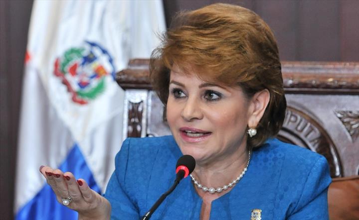 Se filtra audio de Lucía Medina molesta por falta de apoyo; dice ...
